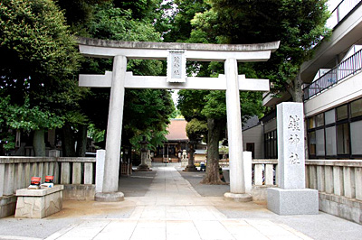 鎧神社(よろいじんじゃ)